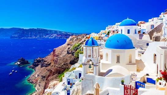 Greece's tourism sector optimistic about 2018 summer season